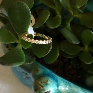 Jewelry - Gorgeous Gold Eternity Ring Size 9